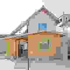 by 一級建築士事務所 青木設計事務所 Asian لکڑی Wood effect