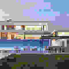 CASA CC1- Moradia na Quinta do Peru - Projeto de Arquitetura por Traçado Regulador. Lda Moderno Madeira Acabamento em madeira