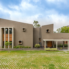 Ashok Vatika by Inclined Studio Modern Concrete