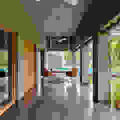 Ashok Vatika by Inclined Studio Modern کنکریٹ