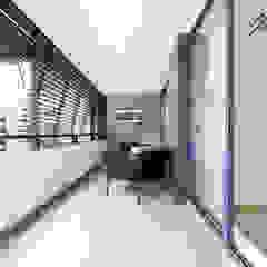 de Mariline Pereira - Interior Design Lda. Minimalista