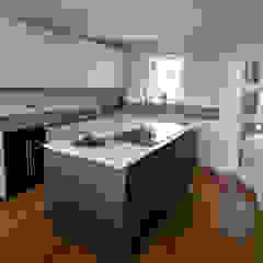 Kitchen Dapur Modern Oleh dwell design Modern