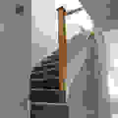 Hallway Koridor & Tangga Modern Oleh dwell design Modern