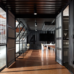 Kingdom Design Studio by KINGDOM Industrial