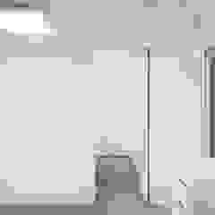 분당구 백현동 A 아파트|Residence 모던스타일 드레싱 룸 by 므나 디자인 스튜디오 모던