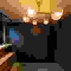 용인 수지구 U 아파트| Residence 모던스타일 드레싱 룸 by 므나 디자인 스튜디오 모던