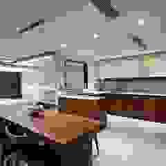 기흥구 D 아파트| Residence 모던스타일 다이닝 룸 by 므나 디자인 스튜디오 모던