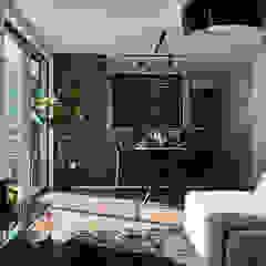 徳重の住宅 モダンデザインの リビング の デザインルバート一級建築士事務所 モダン