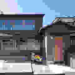 Sukima House by 山本嘉寛建築設計事務所 YYAA Asian