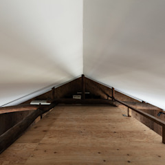 Sukima House by 山本嘉寛建築設計事務所 YYAA Modern Plywood