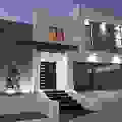 توسط Torres Construcción & Diseño مدرن سیمان