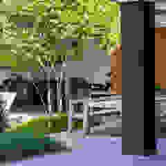 Eigentijdse luxe Moderne balkons, veranda's en terrassen van Buro Buitenom exterieurontwerpers Modern