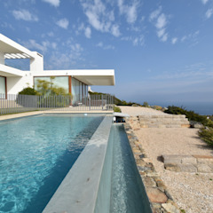 by 3CPropiedades y Arquitectura Mediterranean