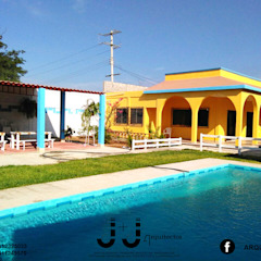 by J+J Arquitectos. Colonial