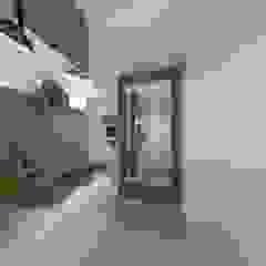Living aconchegante Corredores, halls e escadas clássicos por Talita Kvian Clássico Metal