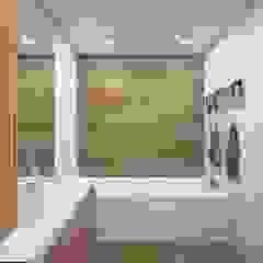 Phòng tắm phong cách Bắc Âu bởi 'INTSTYLE' Bắc Âu Gạch ốp lát
