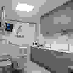 Clínicas y consultorios médicos de estilo minimalista de Cubik Arquitetura Minimalista