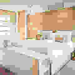 Urban Family Residence Eclectische slaapkamers van Caren Pardovitch Eclectisch