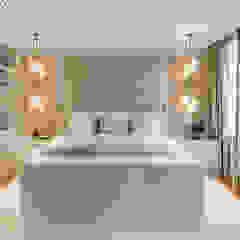 Monumental Treasure Eclectische slaapkamers van Caren Pardovitch Eclectisch