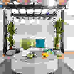 Mediterranean style balcony, porch & terrace by Victor Guerra.Design Mediterranean