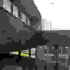 de Q-bo proyectos de construccion Rústico Madera Acabado en madera