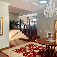 2015 Classical Interior Renovation - Revisited 2019 Classic style corridor, hallway and stairs by CS DESIGN Classic