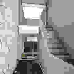 Proyecto Pacheco - Mayo 2019 Pasillos, vestíbulos y escaleras modernos de Hito Arquitectura Moderno
