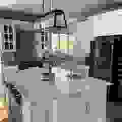 Fourways Project Modern kitchen by CS DESIGN Modern