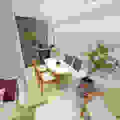 Balcones y terrazas minimalistas de Dédalo Arquitetura e Planejamento Minimalista