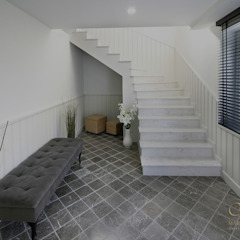 Country style corridor, hallway& stairs by Marcotte Style Country