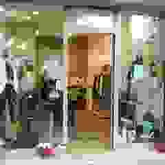 Minimalist offices & stores by GDAdesign Minimalist Iron/Steel