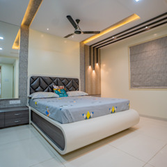 Luxurious Bedroom Designed by Nabh Design & Associates Nabh Design & Associates Modern style bedroom Plywood White