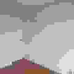 PINTURA Y NICHOS MADAN Arquitectos Paredes y suelos de estilo minimalista Blanco