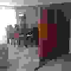 MADAN Arquitectos Modern corridor, hallway & stairs Marble Wood effect