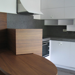 modern  by MOLTENI / BARON ASSOCIATI, Modern Wood Wood effect