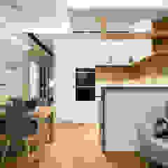 Mieszkanie w stylu skandynawskim Skandynawski salon od Monika Hardej Architekt Skandynawski Drewno O efekcie drewna