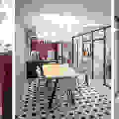 Bureau Elveor Espaces de bureaux classiques par Buildings & Love architecture Classique