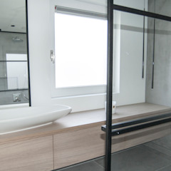 RENOVATIE - VRIJSTAANDE WONING - 130 m2 Industriële badkamers van Meer met interieur Industrieel Hout Hout