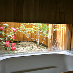 Modern Ciassic 北欧スタイルの お風呂・バスルーム の 株式会社高野設計工房 北欧