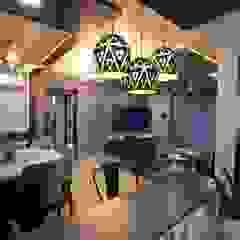 Salas de estar asiáticas por Lifeskapes Designs Asiático