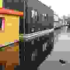Julius Taminiau Architects Detached home Wood Black
