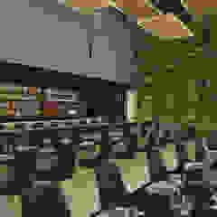 The Buc's Bar Bares e clubes modernos por Furquim Arquitetura Moderno