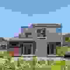 من タイラヤスヒロ建築設計事務所/yasuhiro taira architects & associates صناعي فلز