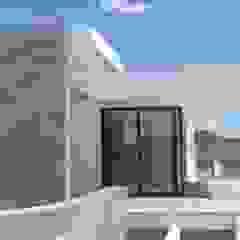by DYOV STUDIO Arquitectura, Interiorismo José Sánchez Vélez 653 77 38 06 Mediterranean Stone