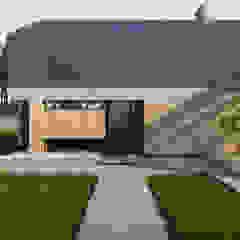 Pasywny dom jednorodzinny typu stodoła do 120m2 od Budownictwo i Architektura Marcin Sieradzki - BIAMS Nowoczesny Drewno O efekcie drewna
