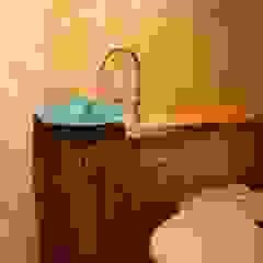 OSB House 北欧スタイルの お風呂・バスルーム の 株式会社高野設計工房 北欧