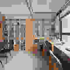 Azjatyckie domowe biuro i gabinet od 禾光室內裝修設計 ─ Her Guang Design Azjatycki