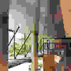 PLACES de BASSICO ARQUITECTOS Moderno Aluminio/Cinc