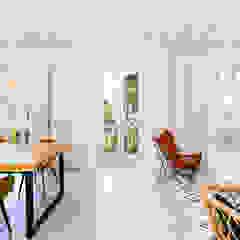 Building renovation for tourist apartments by AGM Arquitecto Antonio Gómez Mora Mediterranean