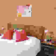 KANOS Design Eclectic style bedroom Wood Orange